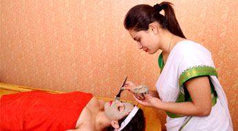 Lepanam Ayurveda Face Treatment at Haritha Ayurveda India