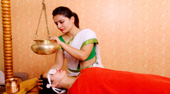Shirodhara Treatment in Haritha Ayurveda India